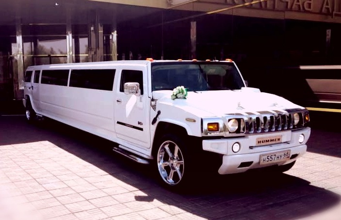 Hummer белый<br><h5> от 2500 руб/час</h5>