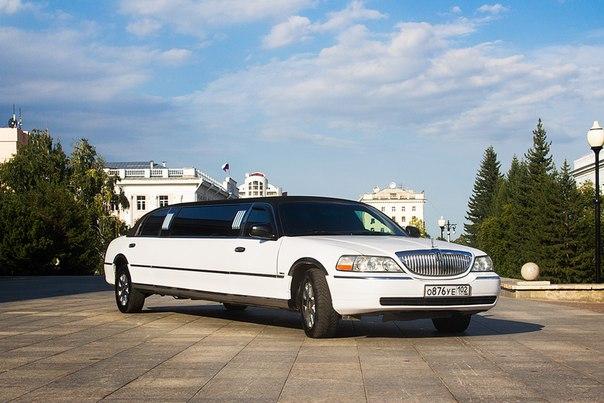 Lincoln towncar белый
