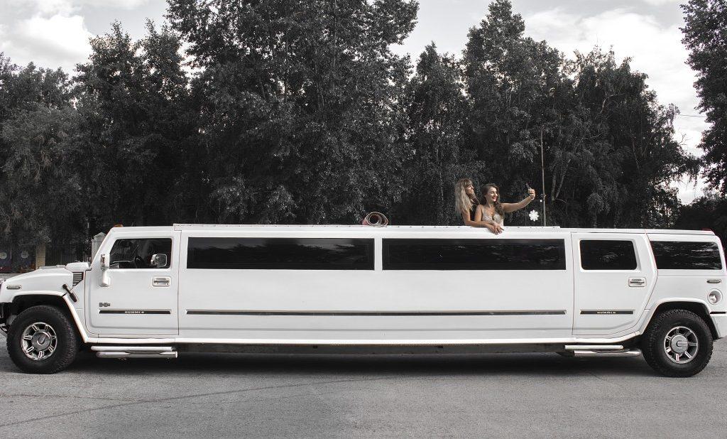 Hummer h2 КАБРИОЛЕТ<br><h5>от 2500 руб/час</h5>