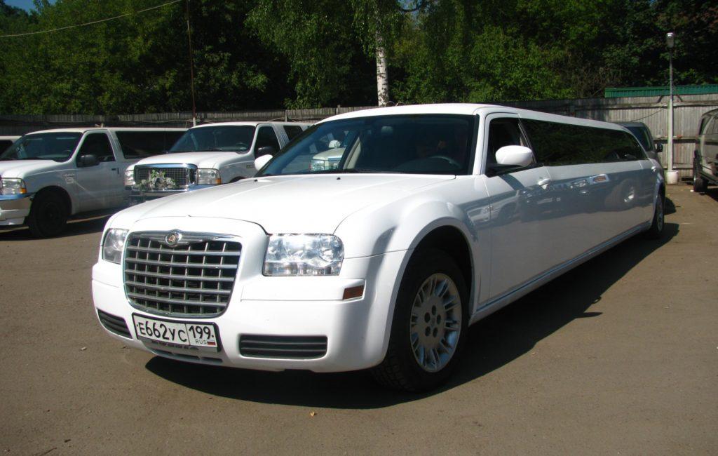 Chrysler C300 лимузин
